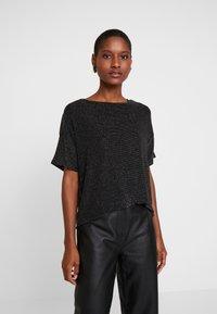Q/S designed by - T-shirts print - black - 0