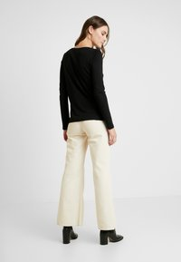 Q/S designed by - T-shirt à manches longues - black - 2
