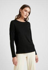 Q/S designed by - T-shirt à manches longues - black - 0