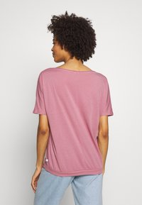 Q/S designed by - T-shirt basique - mauve - 2