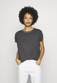 Q/S designed by - KURZARM - T-shirt basique - asphalt - 0