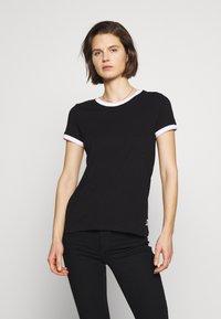 Q/S designed by - T-SHIRT - KURZARM - T-shirt basique - black - 0
