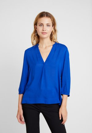 3/4 ARM - Blus - royal blue