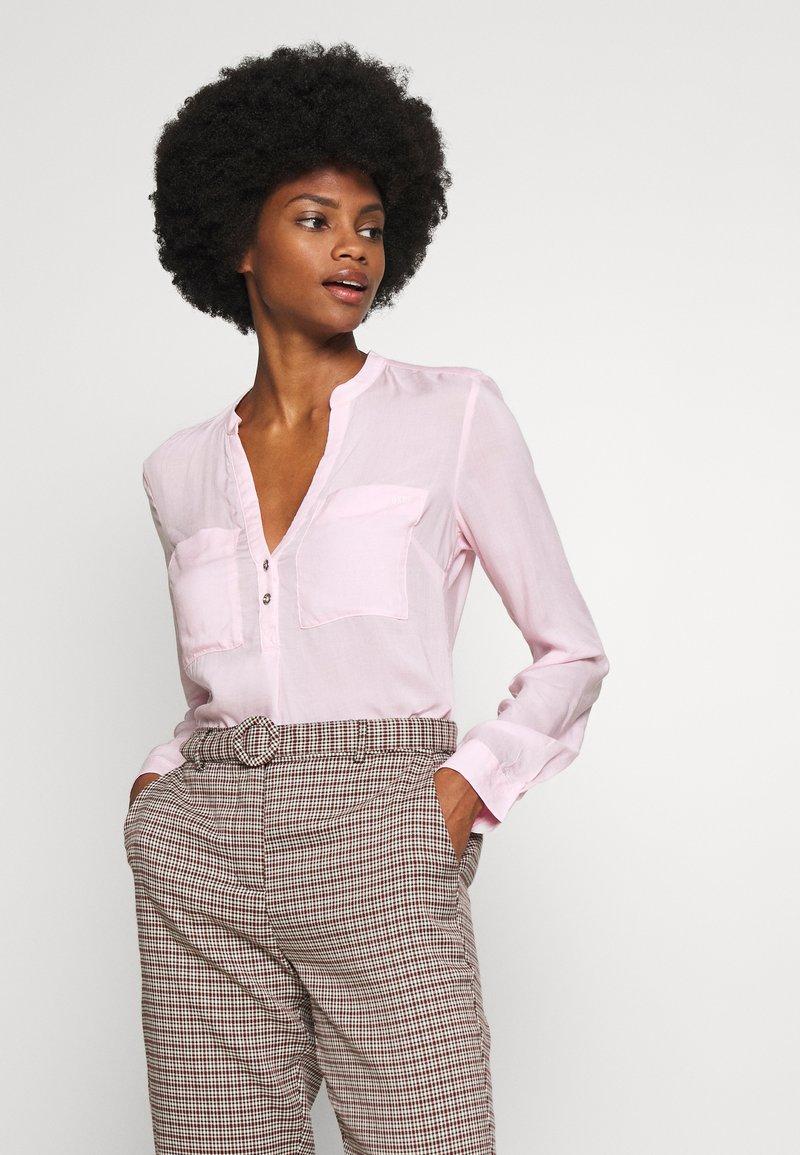 Q/S designed by - Blusa - light pink