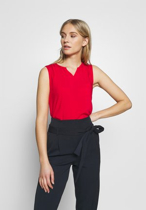Bluser - flame red