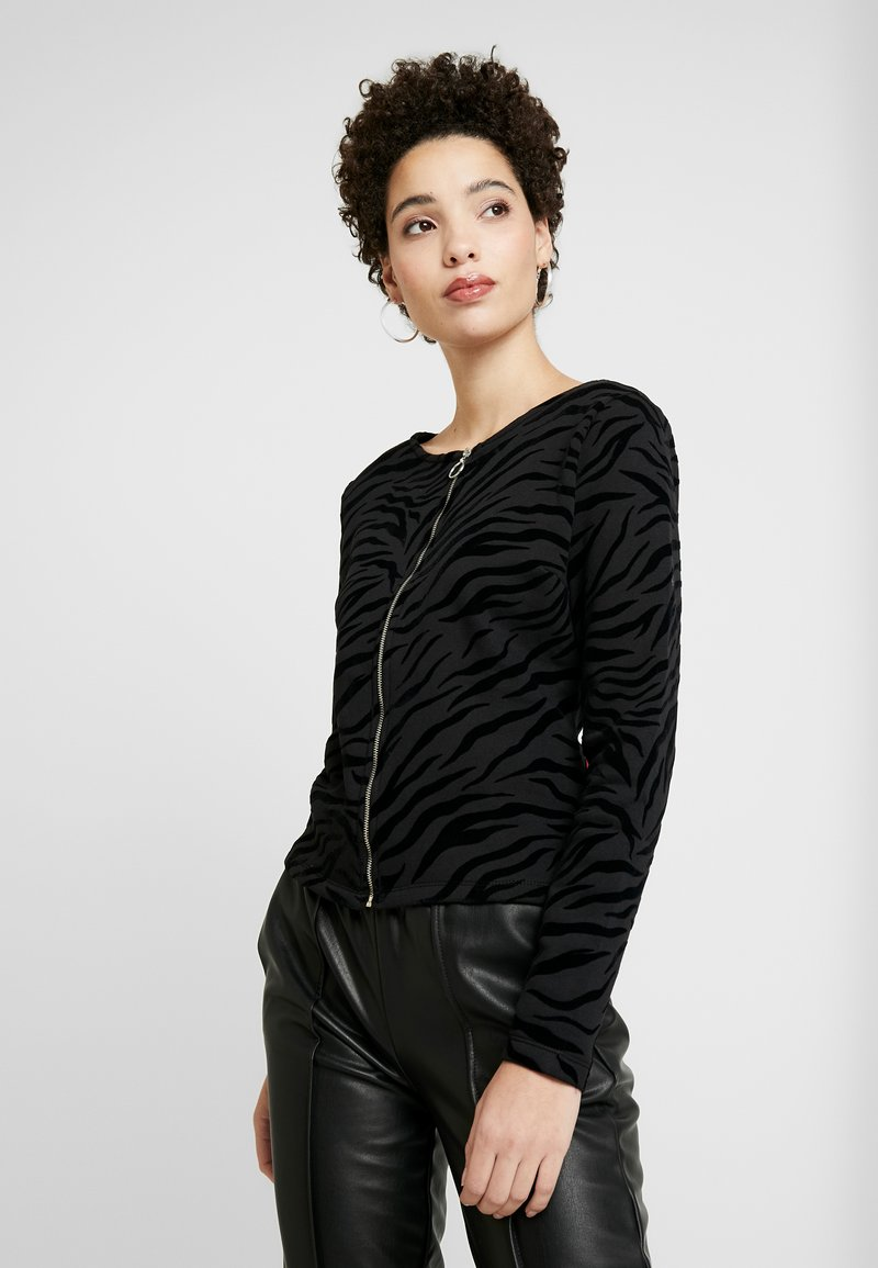 Q/S designed by - Mikina na zip - black