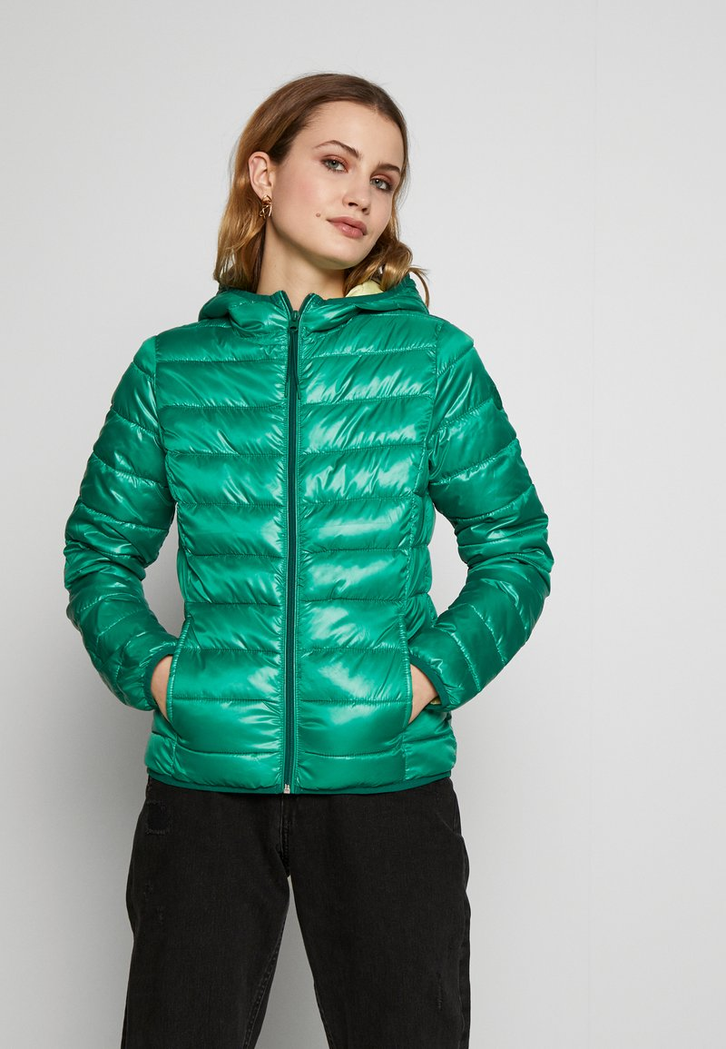 Q/S designed by - OUTDOOR - Light jacket - jolly green
