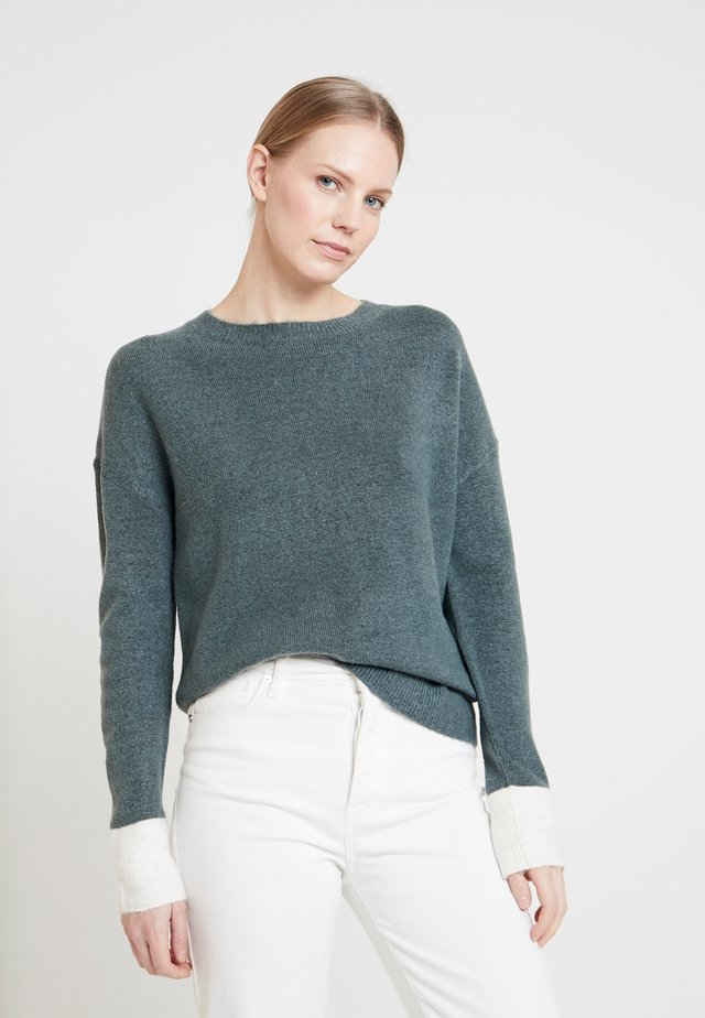 Strikpullover /Striktrøjer - light teal