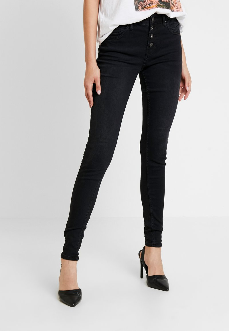 Q/S designed by - Slim fit jeans - black denim