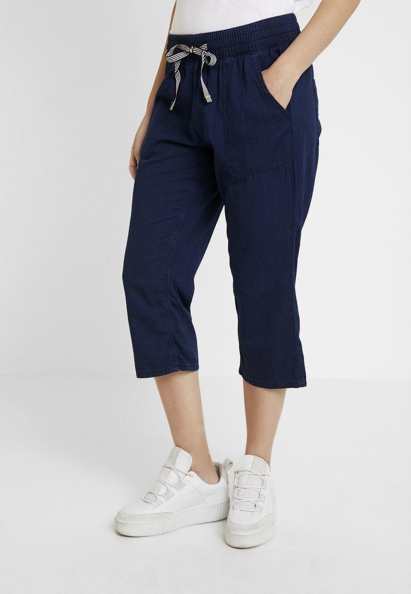 Q/S designed by - Shorts vaqueros - blue denim