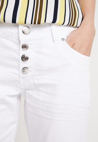 Q/S designed by - Shorts - white - 4