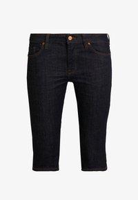 Q/S designed by - Shorts di jeans - blue denim - 4