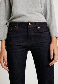 Q/S designed by - Shorts di jeans - blue denim - 3