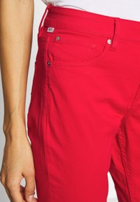 Q/S designed by - LANG - Jeans Slim Fit - red - 3