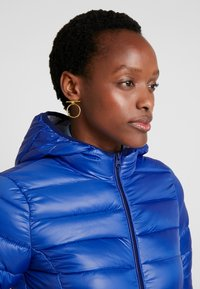 Q/S designed by - Winter jacket - royal blue - 3