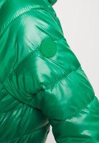 Q/S designed by - Kurtka zimowa - jolly green - 4