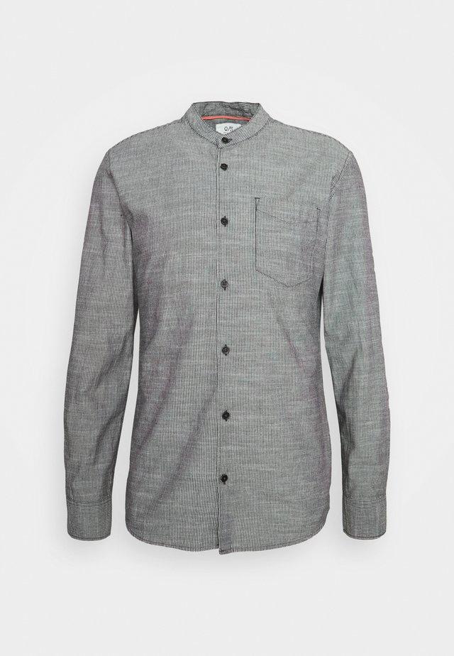 LANGARM - Skjorter - black
