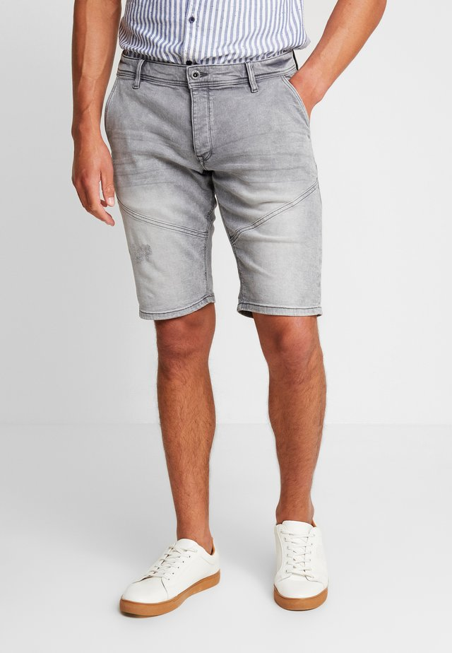 KURZ - Jeansshorts - grey/black