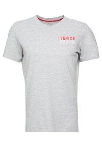 Q/S designed by - T-shirt print - grey - 0