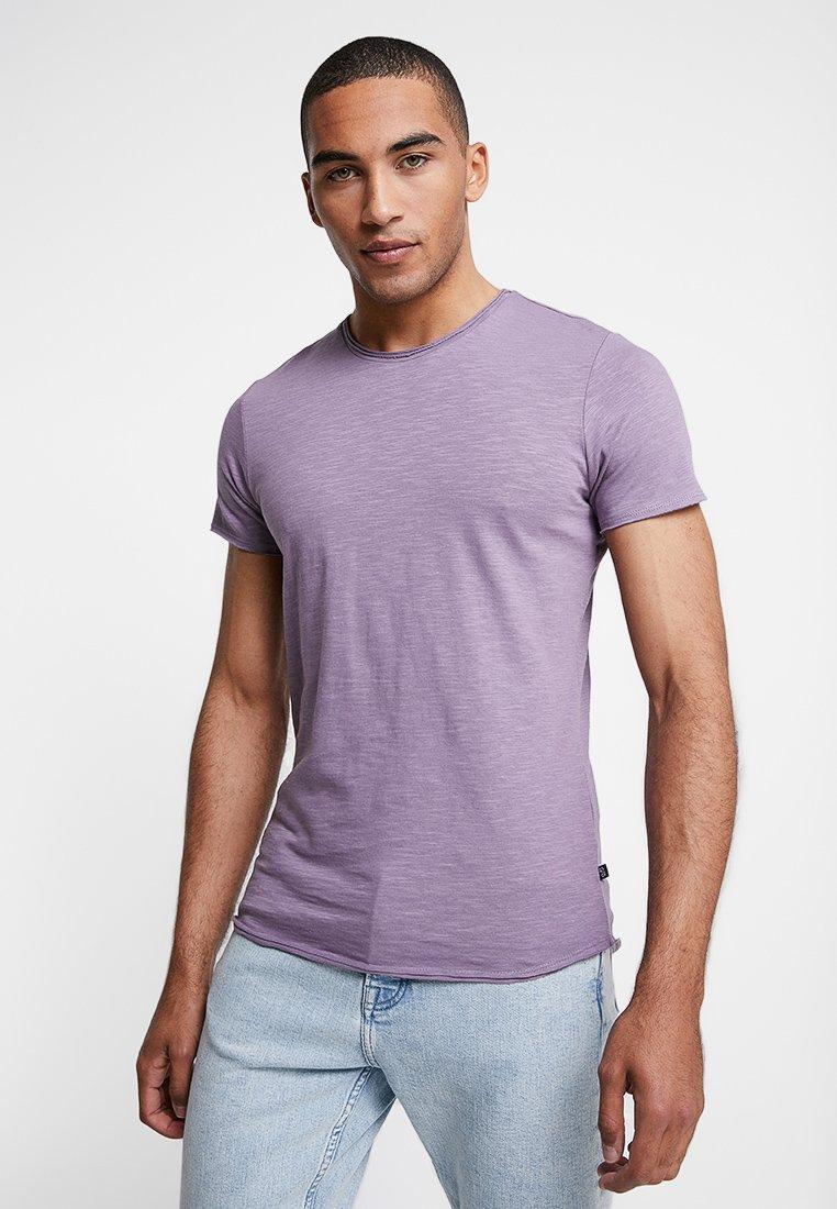 Q/S designed by - KURZARM - Basic T-shirt - purple