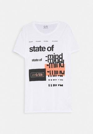 T-SHIRT KURZARM - T-shirts med print - white