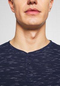 Q/S designed by - T-shirt basique - blue night - 5