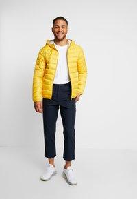 Q/S designed by - OUTERWEAR - Zimní bunda - yellow - 1