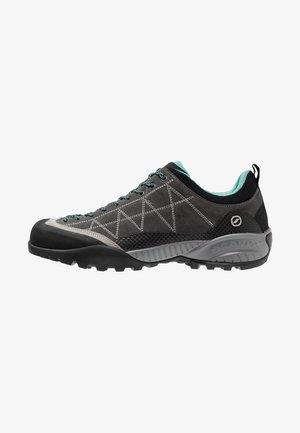 ZEN PRO - Hiking shoes - shark/green blue