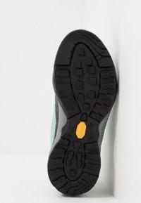 Scarpa - ZEN PRO - Hiking shoes - reef water/light green - 4