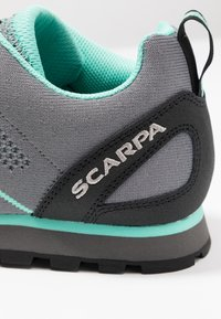 Scarpa - CRUX AIR - Kävelykengät - smoke/ice green - 5