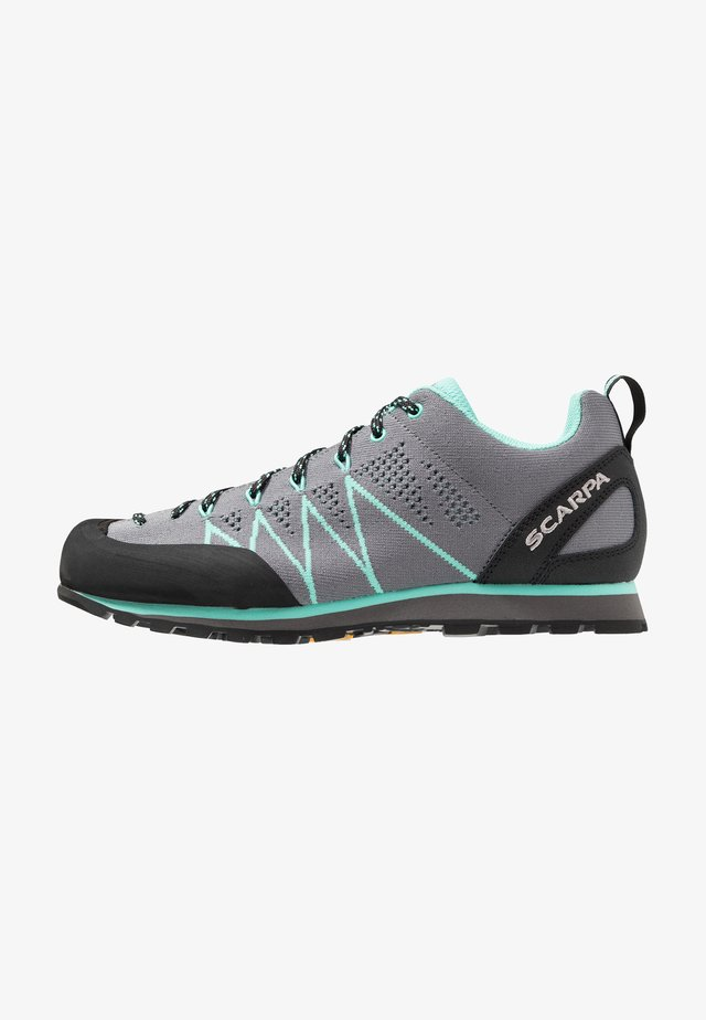 CRUX AIR - Walkingschuh - smoke/ice green