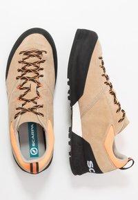 Scarpa - KALIPÈ - Hiking shoes - beige/orange fluo - 1