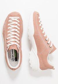 Scarpa - MOJITO SUMMER - Hiking shoes - cipria - 1