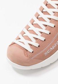 Scarpa - MOJITO SUMMER - Hiking shoes - cipria - 5