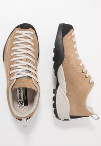 Scarpa - MOJITO - Buty wspinaczkowe - beige - 1
