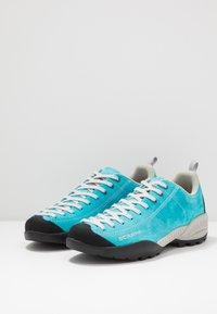 Scarpa - MOJITO - Climbing shoes - azure fluo - 2