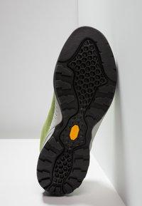 Scarpa - MOJITO - Climbing shoes - foliage - 4