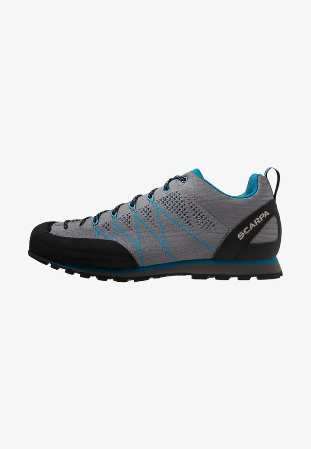CRUX AIR - Walkingschuh - smoke/lake blue