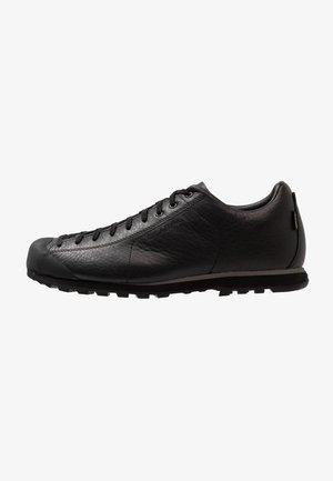 MOJITO BASIC GTX - Lezecká obuv - black