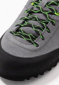 Scarpa - KALIPÈ - Hiking shoes - smoke/green fluo - 5
