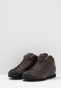 Scarpa - MOJITO BASIC MID - Hiking shoes - dark brown - 2