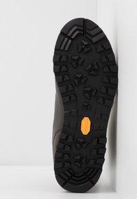 Scarpa - MOJITO BASIC MID - Hiking shoes - dark brown - 4