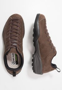 Scarpa - MOJITO CITY - Hiking shoes - charcoal - 1