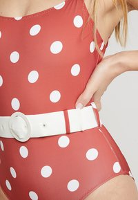 Solid & Striped - THE NINA BELT SMALL DOTS - Swimsuit - riad cream - 5