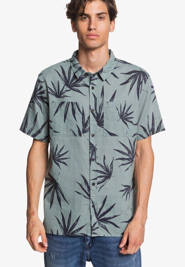 DELI PALM - Shirt - chinois green deli palm