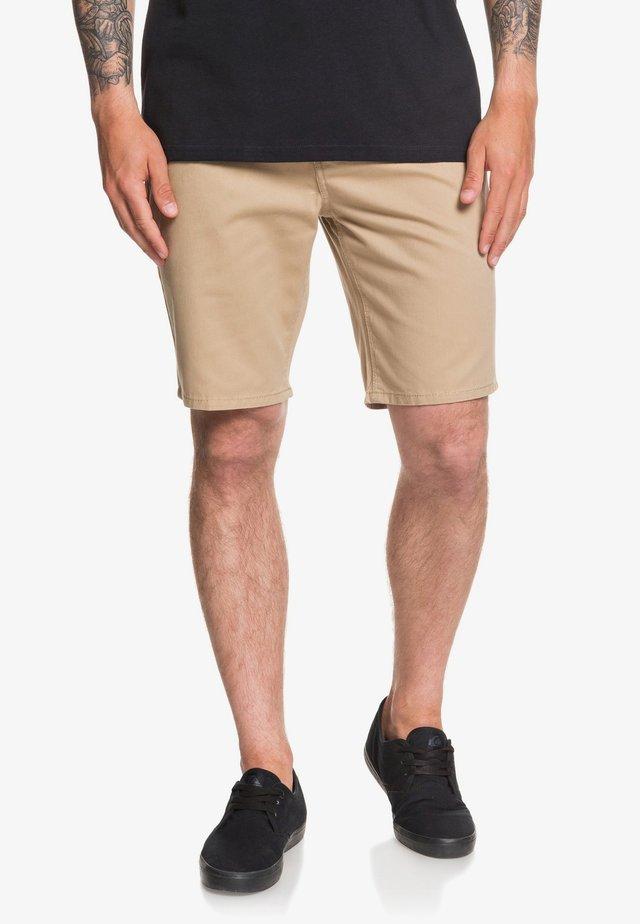 EVDAYCHILIGHTSH - Shorts - beige