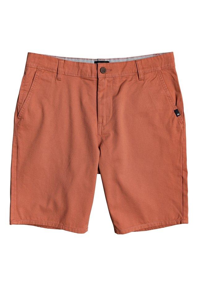 EVDAYCHILIGHTSH - Shorts - redwood