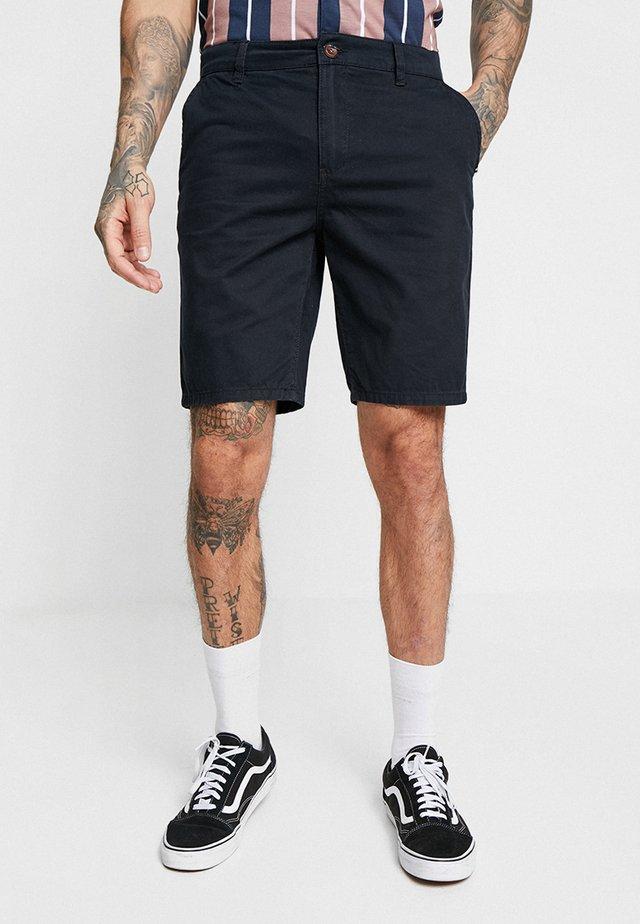 EVDAYCHILIGHTSH - Shorts - black
