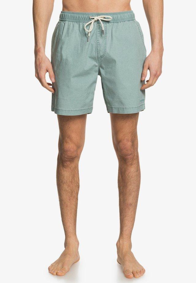 TAXERWS - Shorts - chinois green