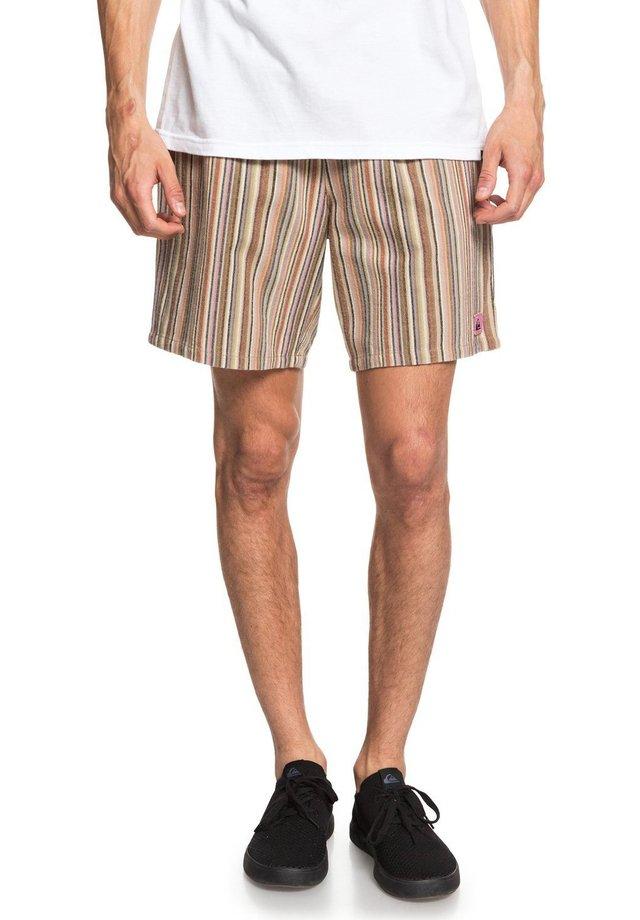 NO DESTINATION - Shorts - brown